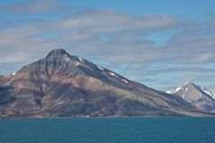 Extração de carvão em Isfjorden, Spitsbergen Fotos de Stock Royalty Free