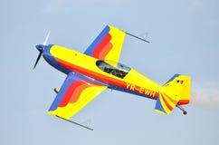 Extra flygplan för konstflygning 300S Fotografering för Bildbyråer