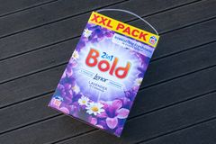 Extra large 80 Wash XXL Bold Branded Washing Powder in Recyclable Cardboard Box royalty free stock photography