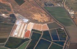 Extracción de la sal. Imagen de archivo libre de regalías