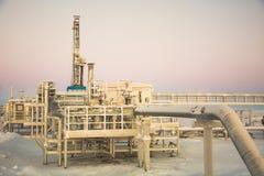Extracción del aceite en el campo del norte Fotografía de archivo libre de regalías
