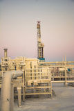 Extracción del aceite en el campo del norte Imagenes de archivo
