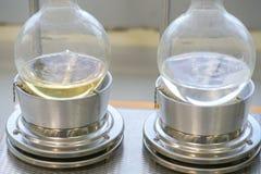 Extracteur de Soxhlet Percolateur-chaudière et reflux, flas de distillation Photo libre de droits