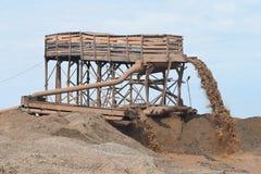 Extraction de sable pour la production Images stock
