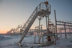 Extraction du pétrole sur le champ du nord Images libres de droits