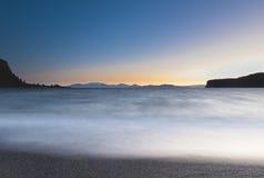 Extracto de la bahía de Taupo Whakaipo del lago Imágenes de archivo libres de regalías
