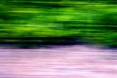 Extracto de una calle rosada verde Imagen de archivo libre de regalías