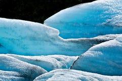 Extracto del hielo y de la nieve glaciales de los azules turquesa imágenes de archivo libres de regalías