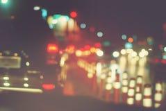 Extracto parado ciudad Defocused de la noche de los coches de la linterna fotos de archivo libres de regalías