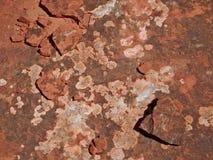 Extracto rojo de las rocas en rastro de la cala de Turquía foto de archivo libre de regalías