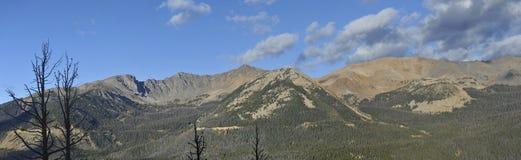 Extrahjälp-sned boll berg Panarama Arkivfoton