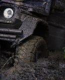 Extreem vermaakconcept Offroad band met modder wordt behandeld die royalty-vrije stock afbeelding