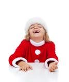 Extrem glückliches kleines Mädchen mit den fehlenden Zähnen Stockbild