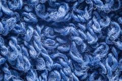 Extrem makrobakgrund f?r bl? handduk royaltyfri bild