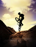 Extrem mountainbike Arkivfoto