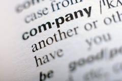 Extrem nah oben von der englischen Wörterbuchseite mit Wort Co Lizenzfreie Stockfotografie