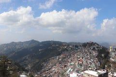 Extrem schöne Hügelstation Draufsicht der schönen Hügelstation lizenzfreie stockfotos