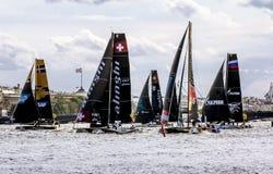 Extrem segla serie för konkurrenssegling i den Neva floden in Fotografering för Bildbyråer