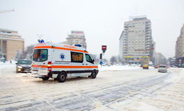 Extrema snowfall i Bucharest Arkivbilder