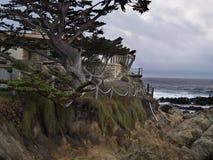 Extreme erosie die luxehuis vernietigen Stock Foto's