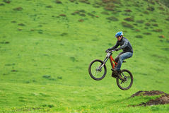 Extreme mountain bike downhill contest Royalty Free Stock Photos