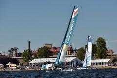 Extreme segelnde Reihe in St Petersburg, Russland Lizenzfreies Stockfoto