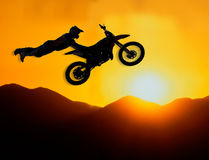 Extremer Motocroßmitfahrer Lizenzfreie Stockfotos