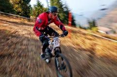 Extremer Mountainbikewettbewerb Stockfoto