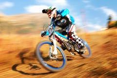 Extremer Mountainbikewettbewerb Stockbilder