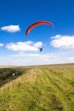 Extremer Sport - Gleitschirmfliegen Stockfoto