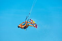 Extremer Wassersport Kiteboarding, Kitesurfing-Luft-Aktion Recre stockbilder