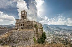 Extremidad Europa del viaje de Albania del castillo de Gjirokastra fotografía de archivo
