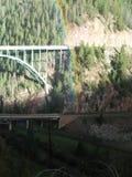 Extremidade do potenciômetro do leprechaun de Rainbow Eagle River Bridge Colorado agosto de 2017 imagem de stock