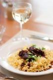 Extremidades y pastas del filete con el vino Imagenes de archivo