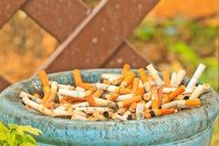Extremo de cigarrillo Imagen de archivo
