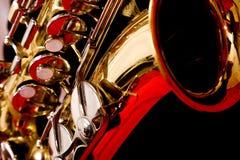 Extremo próximo acima de Saxaphone Imagens de Stock Royalty Free