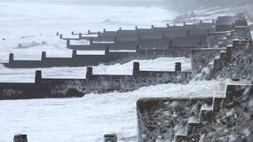 Extremt väder - vind- och havsskum stock video
