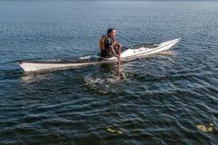 Extrémité sculling 4 de technique de kayak Photographie stock