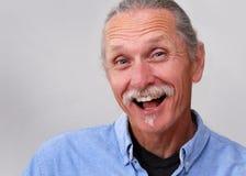 Exuberant midden oude mens Stock Foto