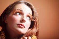 Eye-lashes freschi di fascino della ragazza della donna di autunno Immagini Stock Libere da Diritti