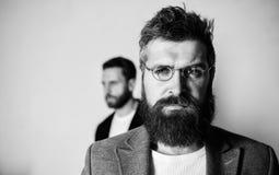 Eyeglasses носки хипстера человека красивые бородатые Здоровье и видимость глаза Оптика и концепция зрения Eyeglasses вспомогател стоковые фотографии rf