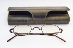 Eyeglasses and eyeglasses case Royalty Free Stock Photos