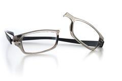 Eyeglasses quebrados Fotografia de Stock