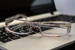 eyeglasses z klawiaturą Obrazy Royalty Free