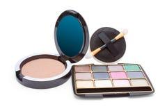 Eyeshadow and powder Royalty Free Stock Photos