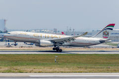 A6-EYM Etihad Airways Airbus A330-243 Royalty Free Stock Photos