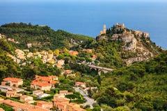 Eze är en liten gammal by i den Alpes-Maritimes avdelningen i sydliga Frankrike, inte långt från Nice Arkivbild
