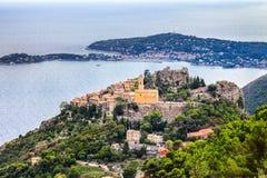Eze é uma vila velha pequena no departamento de Alpes-Maritimes em França do sul, não longe de agradável Imagens de Stock Royalty Free