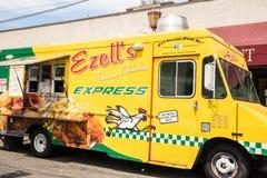 Ezells著名鸡食物卡车等待的顾客 库存图片