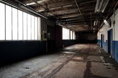 Fábrica abandonada - Balsa Tampão & Parafuso Empresa - Cleveland, Ohio fotografia de stock royalty free